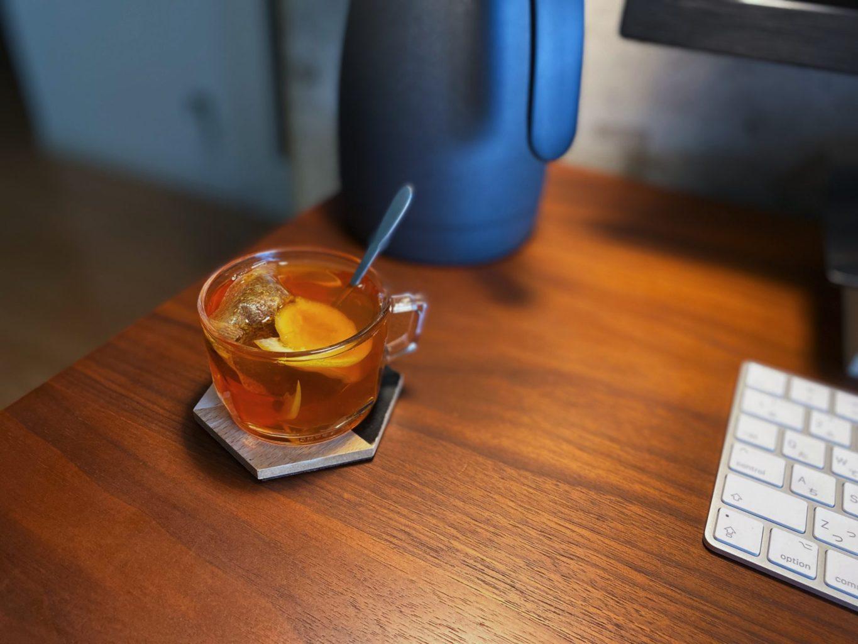 レモンの蜂蜜漬けとルイボス茶